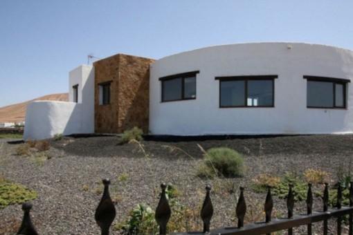 Villa moderna con fantásticas vistas en una gran parcela en Villaverde, Fuerteventura Norte