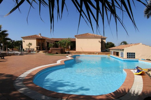 Charming villa with pool and private golf court in La Oliva, Fuerteventura