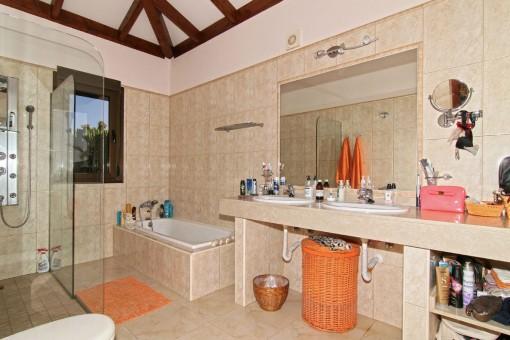 Daylight bathroom