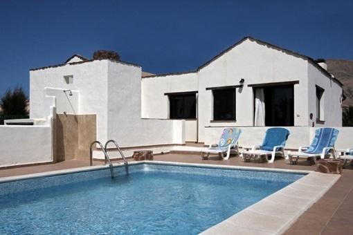 Villa bonita con piscina cerca de Corralejo