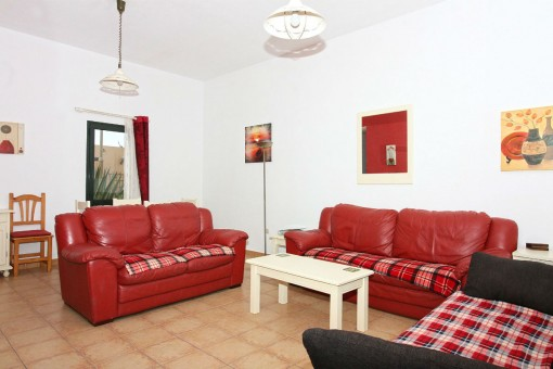 Living and dining area with direct access to the terrace
